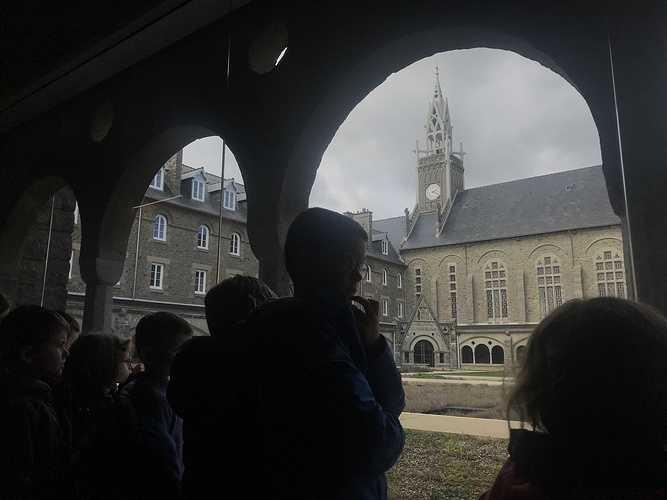 Visite de la maison St Yves img1505