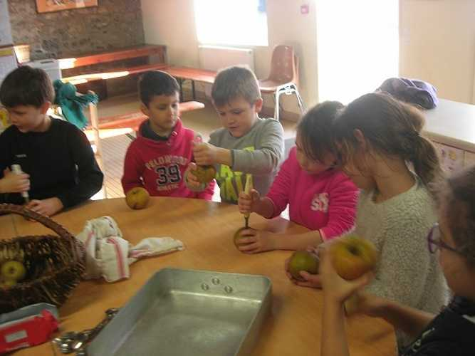 Découverte de la pomme à la ferme de la Ville Oger dscn9075