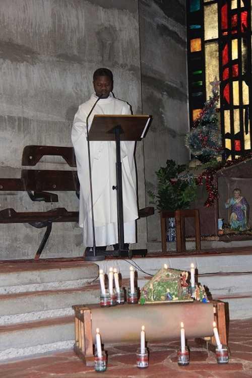 Célébration de l''Avent à l''église St Yves img00005